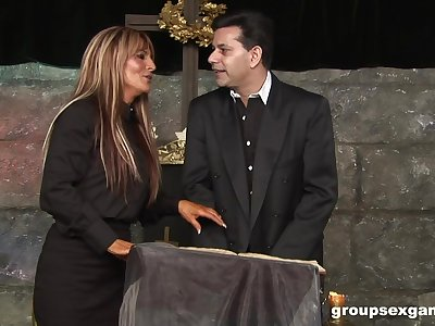 Kinky group fuck with Jasmine Black and her sluts in a church